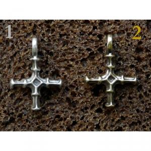 24. Нательный крестик