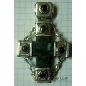24. Каменный крест