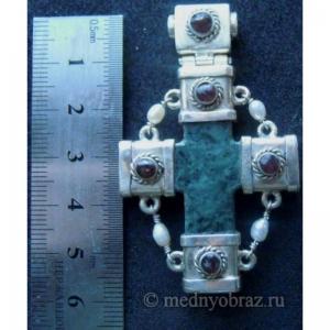 27. Каменный крест