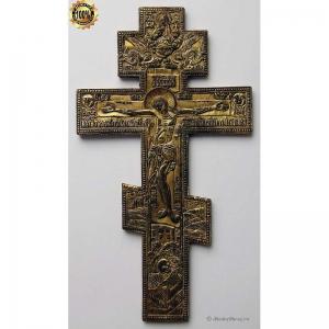 3.60 Медный киотный крест Распятие Христово, 19в. золочение