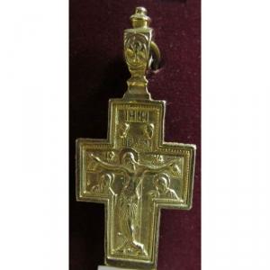4.1.120 Нательный крест