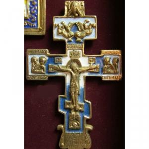 4.1.132 Нательный крест