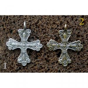 14. Нательный крестик