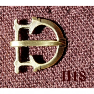 17. Лировидная пряжка