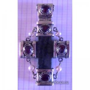 20. Каменный крест