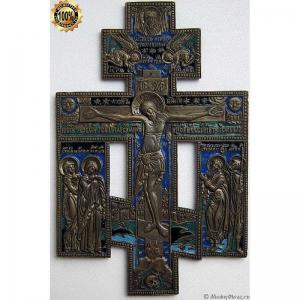 3.24 Медный киотный крест Распятие Христово, Север, 4 эмали, 19в