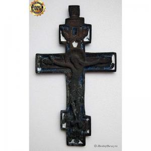 3.28 Медный наперсный крест Распятие Христово, две эмали, 18в.
