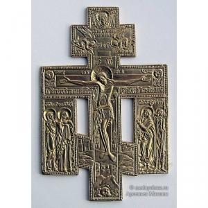4.2.1 Киотный медный крест с предстоящими