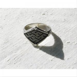 43.Кольцо с славянской символикой